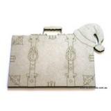 Santa-Suitcase-RWL100044